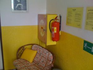 Malování interiéru – chodby základní školy 1